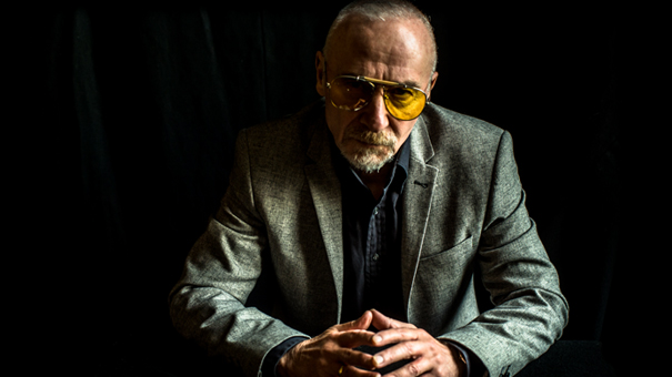 Graham Parker w/s/g Sarah Peacock - A solo evening with classic Rumour hits and more!