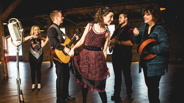 RUNA – Celtic Roots Music